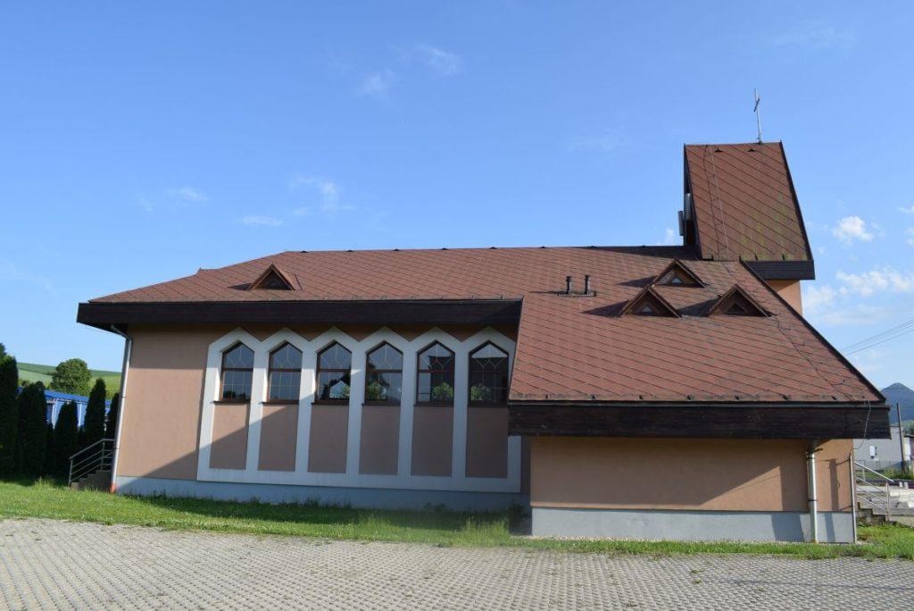 Kostol Svätej rodiny v Štiavničke 05