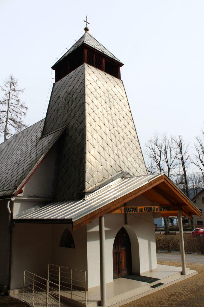 Kostol sv. Cyrila a Metoda v Ľubochni 02