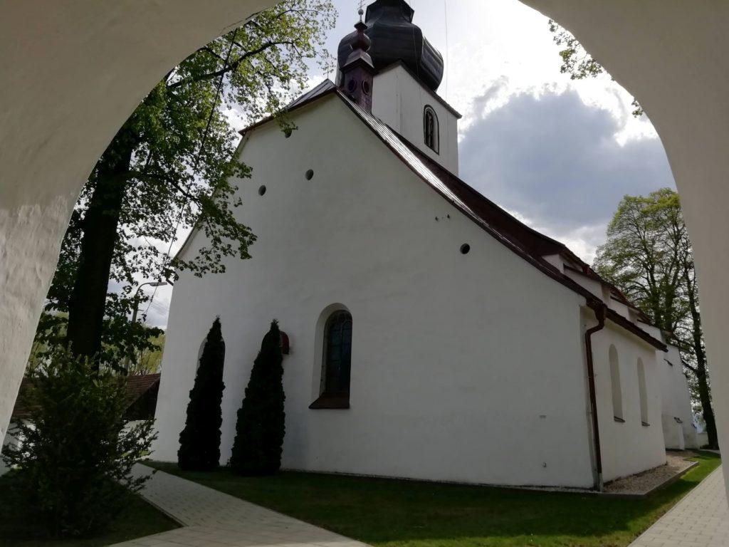 Kostol sv. Filipa a Jakuba v Liptovskej Teplej 02