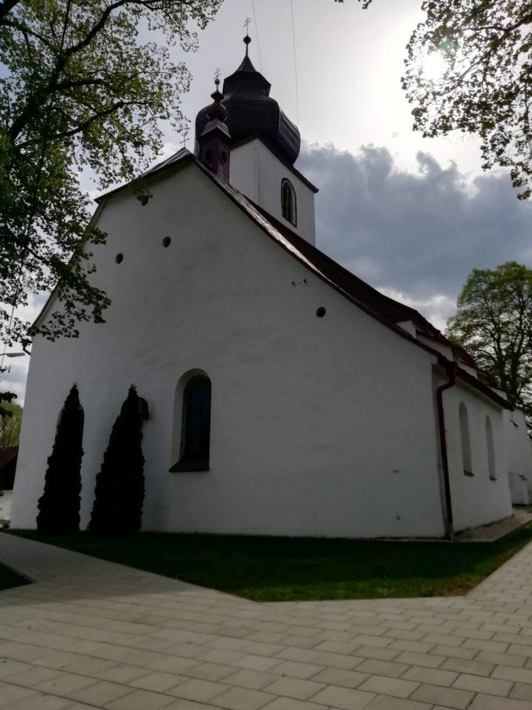 Kostol sv. Filipa a Jakuba v Liptovskej Teplej 03