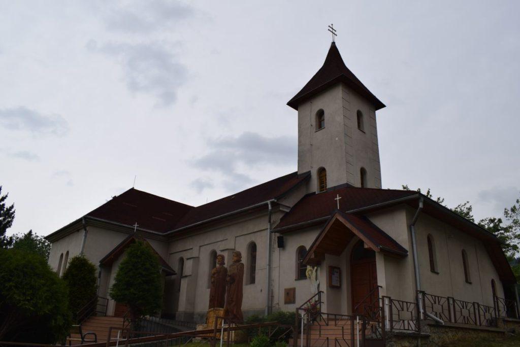 Kostol sv. Petra a Pavla v Kalamenoch 01