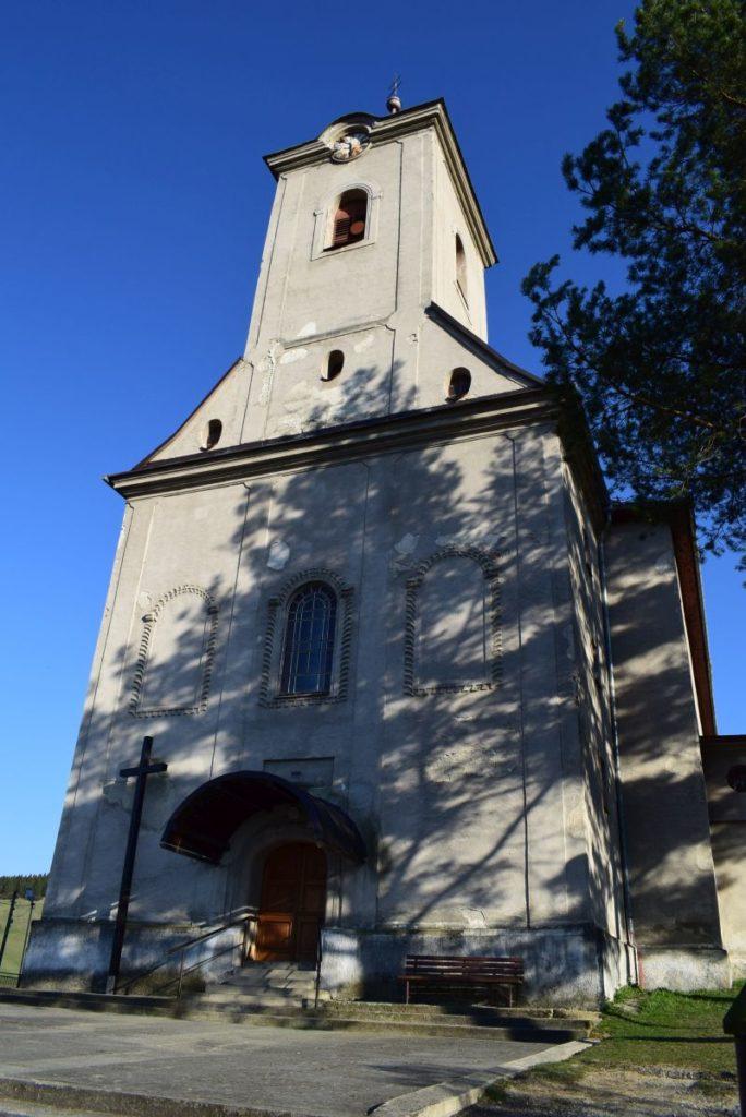 Kostol všetkých svätých v Ludrovej 02
