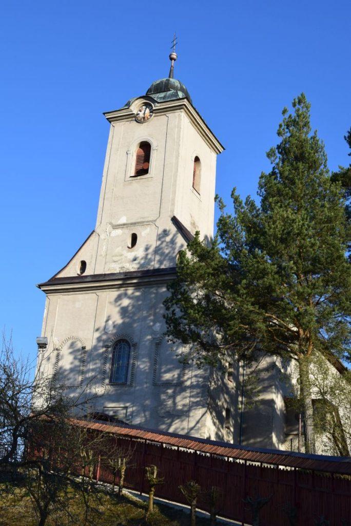 Kostol všetkých svätých v Ludrovej 04