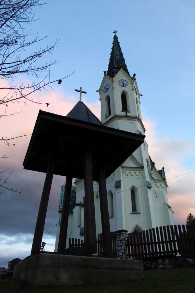 Zvonica Černová 06