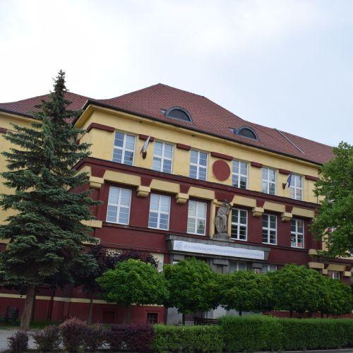 School at Dončová Street