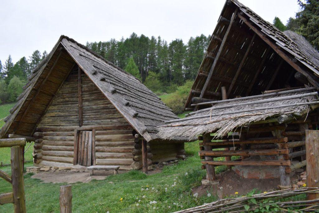 Archeologické múzeum v prírode Liptovská Mara - Havránok 09