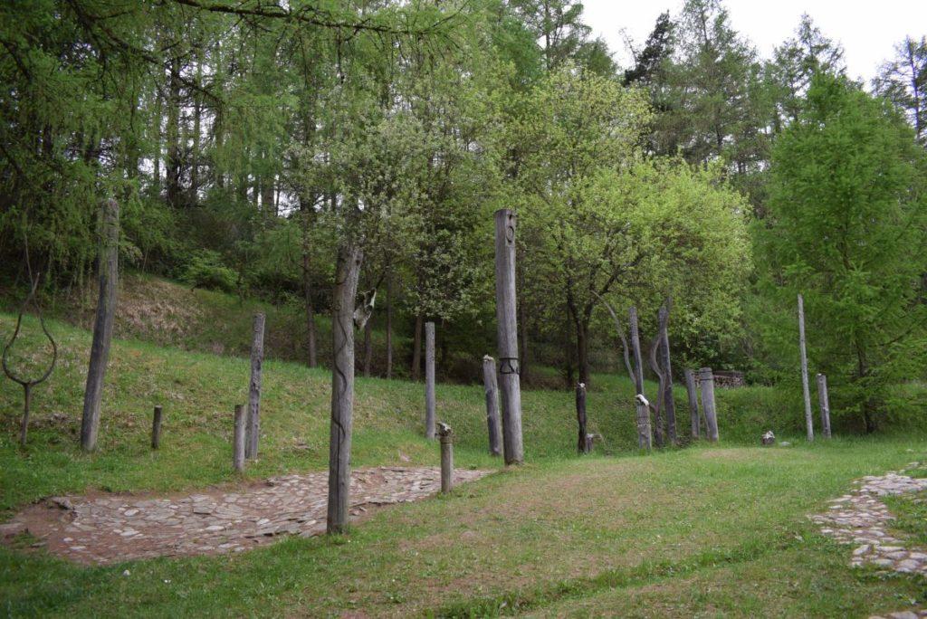 Archeologické múzeum v prírode Liptovská Mara - Havránok 10