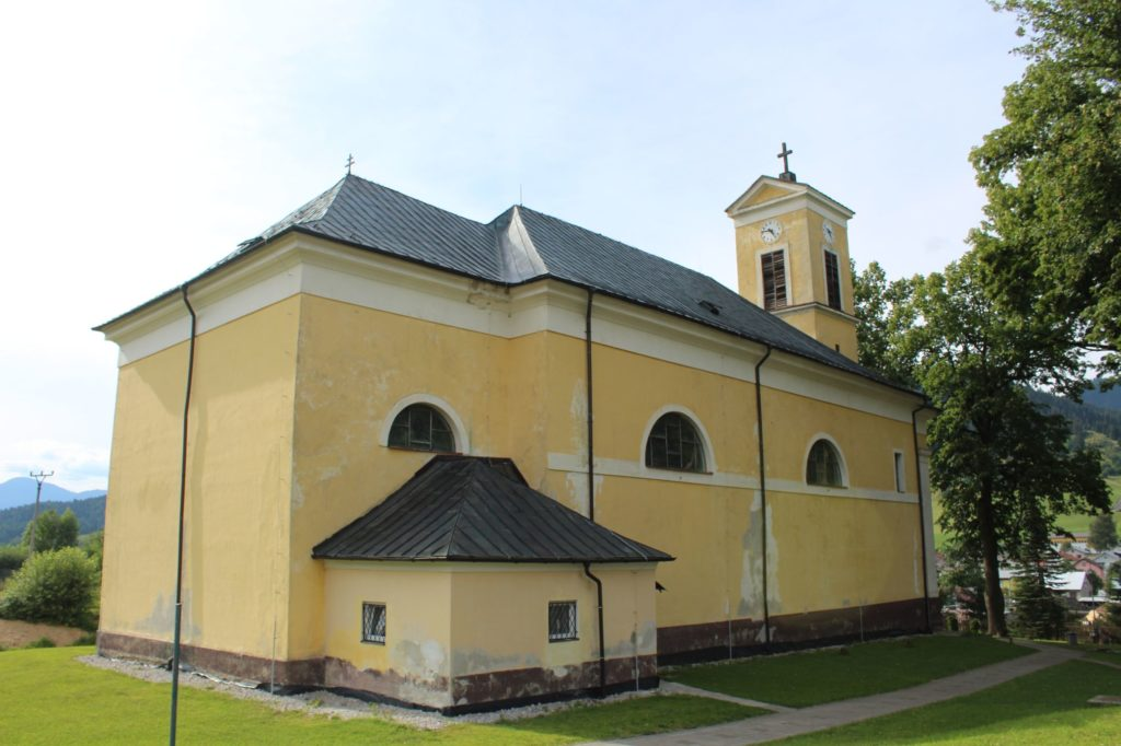 Kostol Najsvätejšej Trojice v Liptovskej Lúžnej 14
