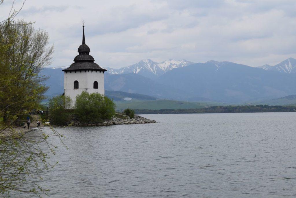 Kostol Panny Márie pri Liptovskej Mare 01