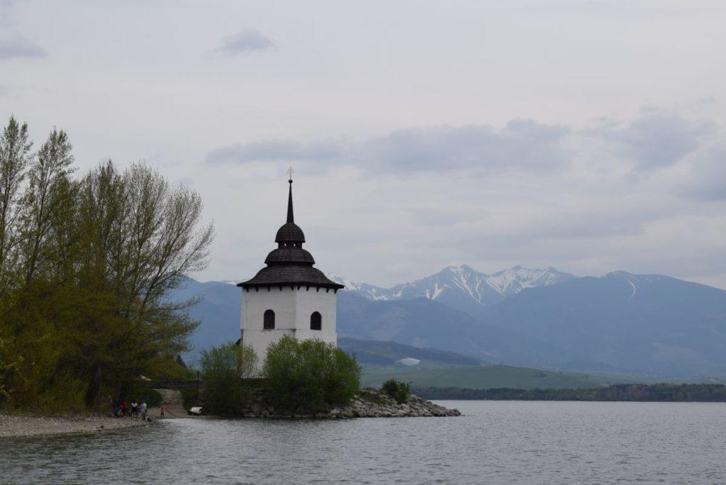 Kostol Panny Márie pri Liptovskej Mare 02