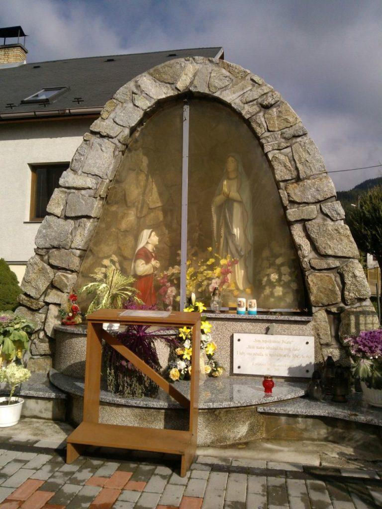 Kostol sv. Michala Archanjela vo Valaskej Dubovej 04