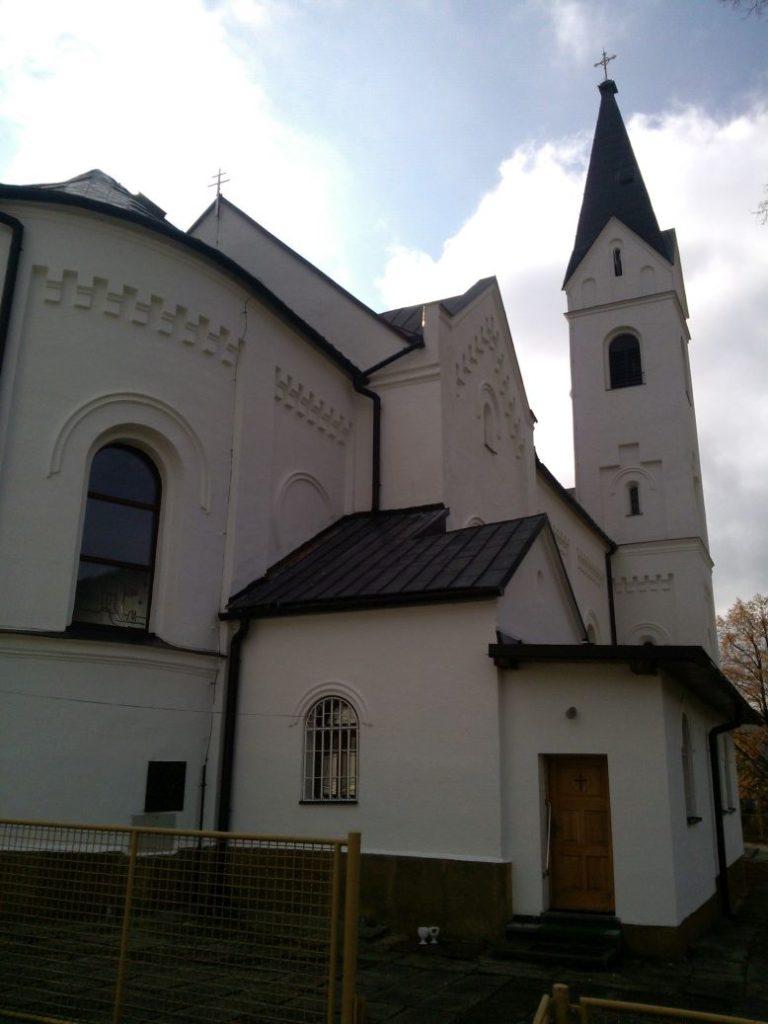 Kostol sv. Michala Archanjela vo Valaskej Dubovej 05