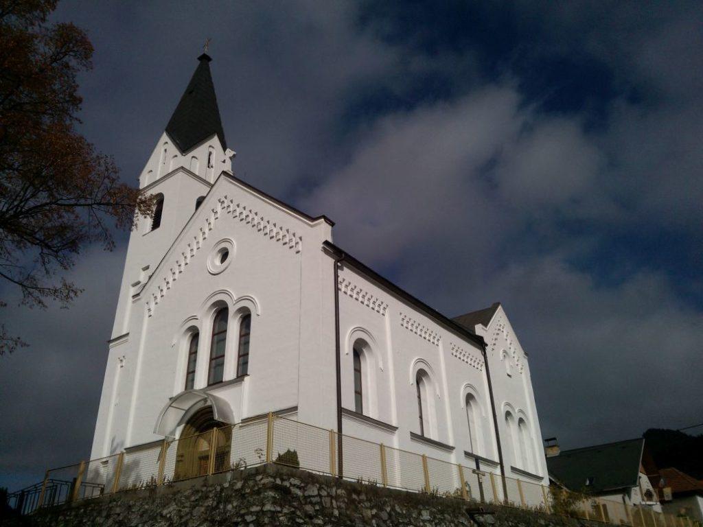 Kostol sv. Michala Archanjela vo Valaskej Dubovej 07