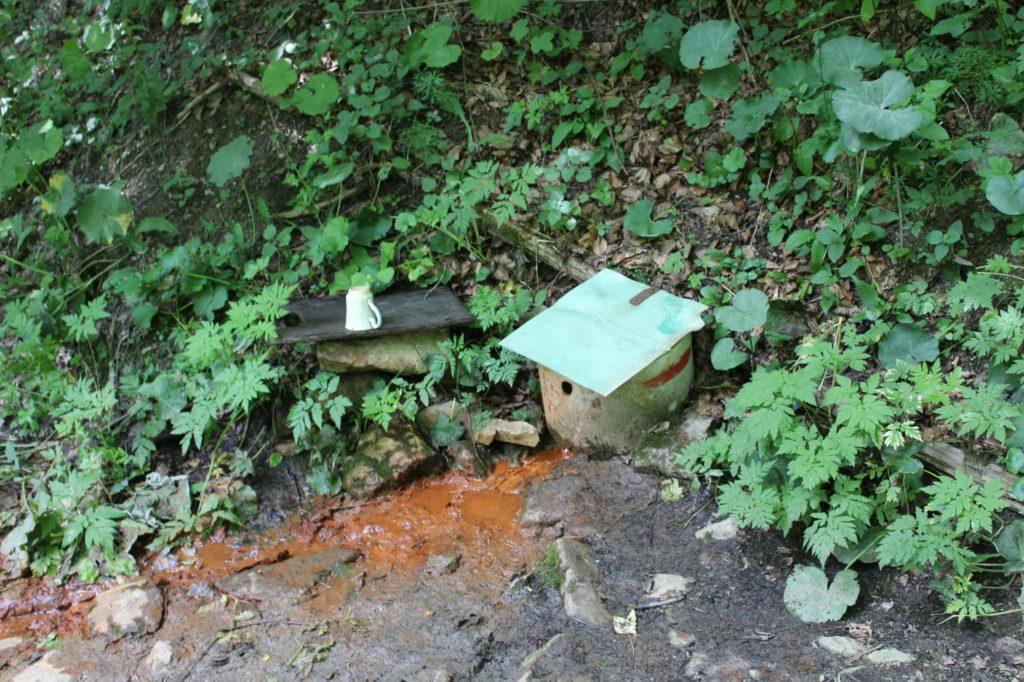 Minerálny prameň Medokýš Hlinava, Ružomberok - Podsuchá 02