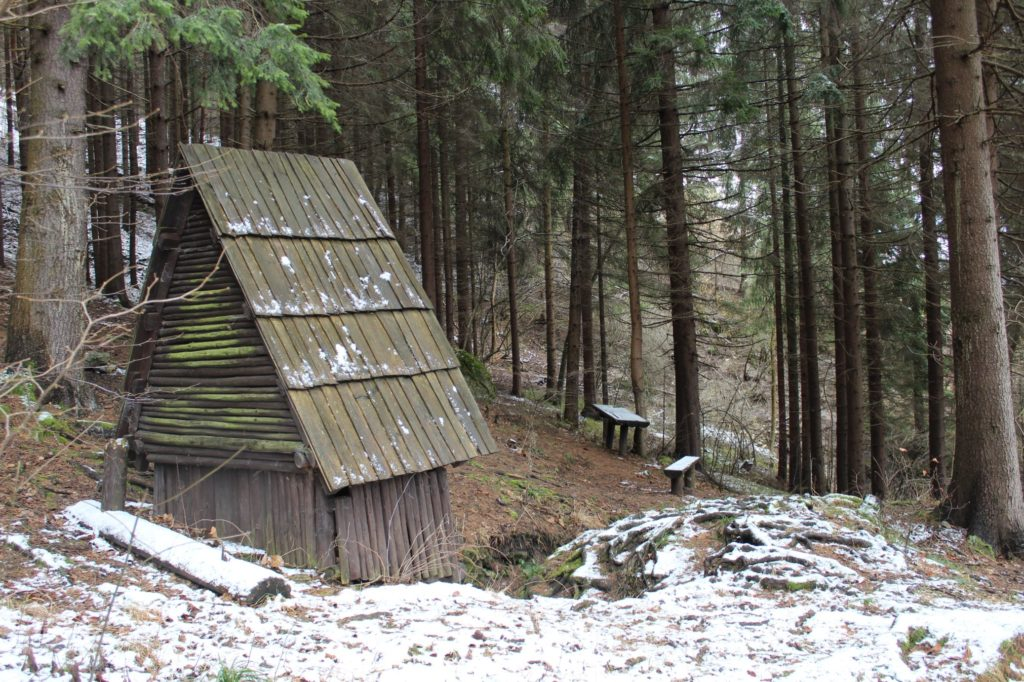 Minerálny prameň Medokýš, Ružomberok - Hrboltová 06