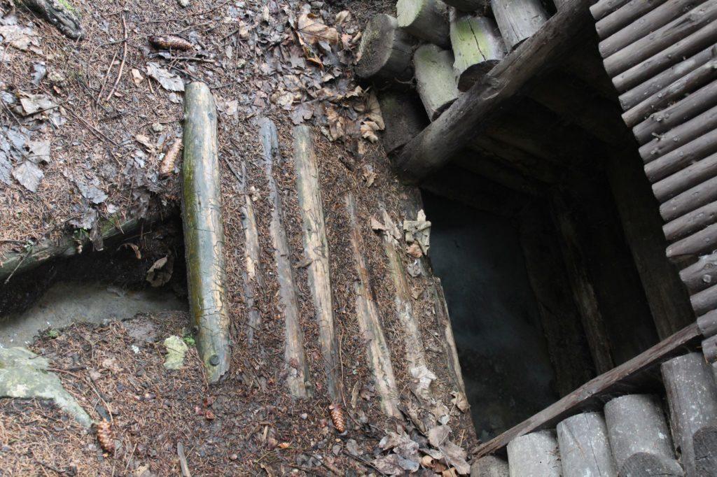 Minerálny prameň Medokýš, Ružomberok - Hrboltová 07