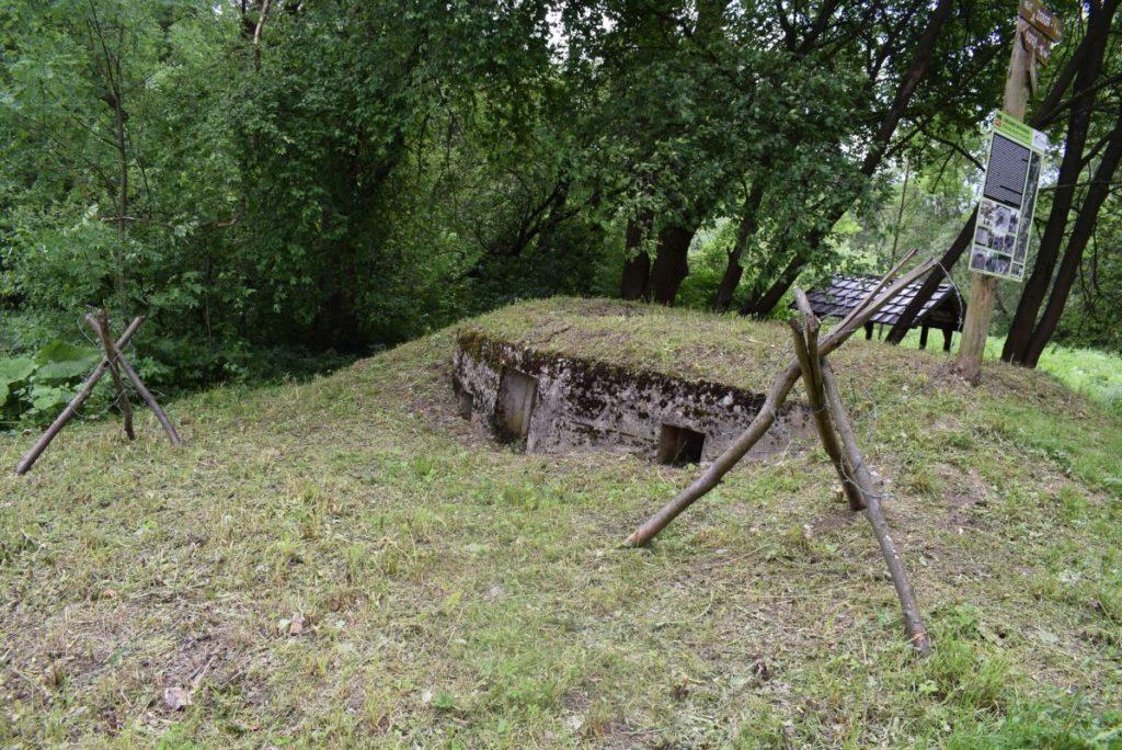 Obranný bunker pri Liptovskej Osade 03
