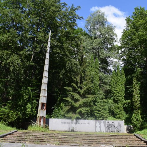 Memorial to the Victims of the Slovak National Uprising in Korytnica