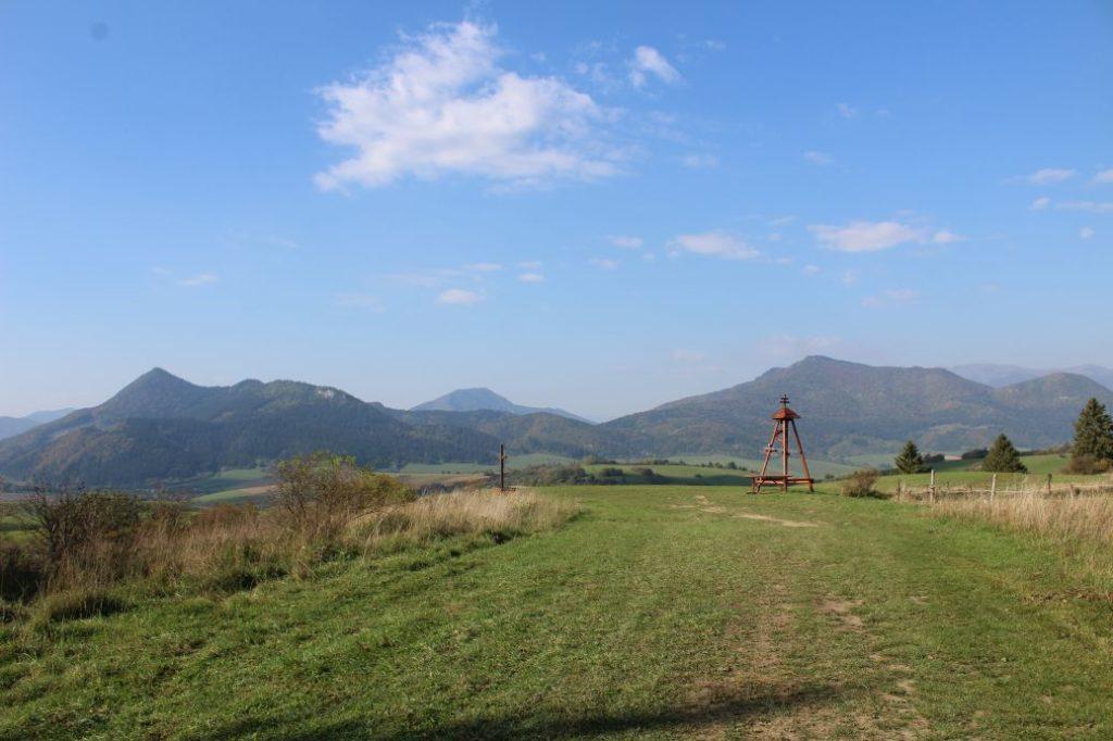 Vyhliadka Štyri chotáre pod vrchom Hrádok 13